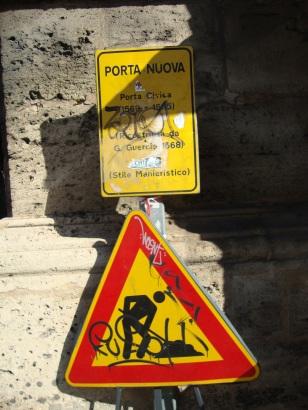 """Dettaglio di Porta Nuova (""""Porte aperte"""")"""
